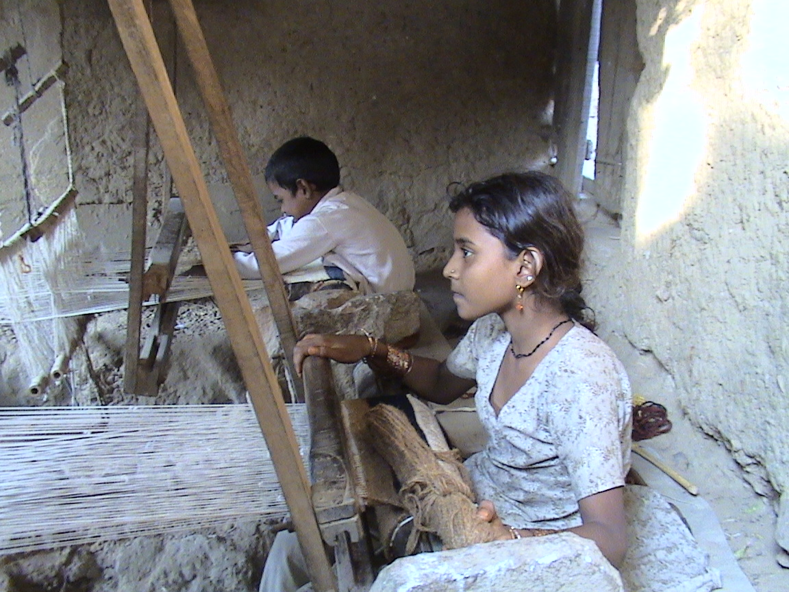 a glimpse at child labor Child labor has had a tumultuous history in india that has been fueled largely by perpetual and rampant poverty coupled with lax enforcement of laws that do little to quell the rising tide of child-slave workers.
